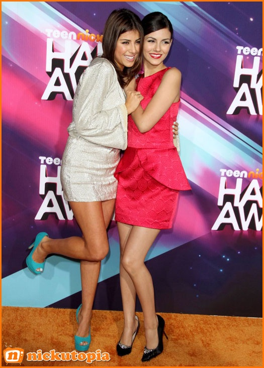 Victoria Justice And Daniella Monet Pose Together At The 2012 HALO Awards