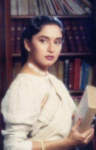 Rare Pics of Madhuri Dixit