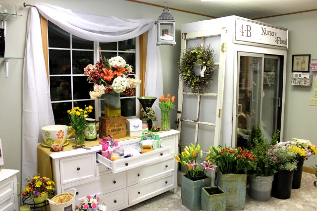 Floral shop rosetree layout ideas pinterest shops for Flower shop design layouts
