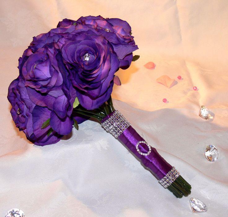 Mejores 33 imágenes de Bouquets and buttonholes | blue daisy flowers ...