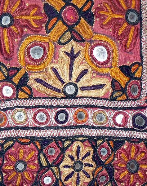 Old Kutch Choli detail