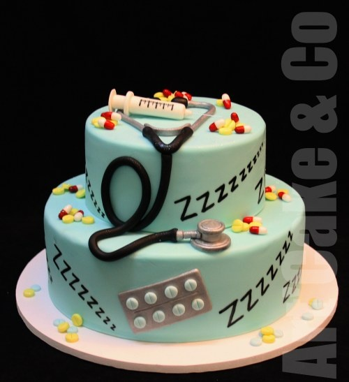 Anesthesiologist Cake by ART'CAKE & CO. (Hey, any cake with Xanax slapped on the side of it is A-OK with me! - EF)