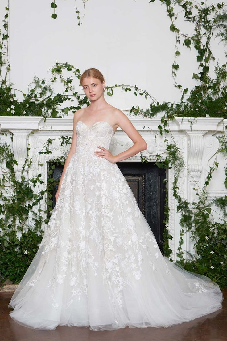 Monique Lhuillier Fall 2018 Wedding Dresses