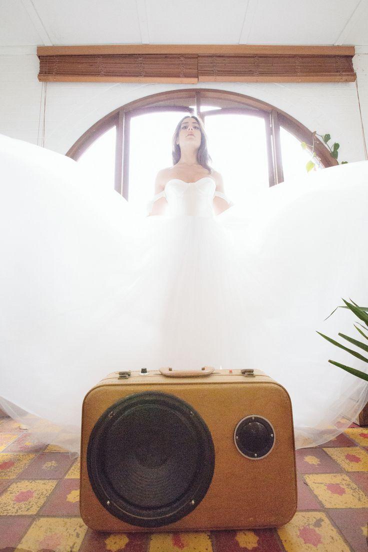 pretty wedding dress, edgy bridal gown, arm ties, tulle wedding dress chic wedding dress