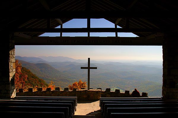 Pretty Place Tennessee Wow This Is A Church Without A Back Wall Overlooking Mountains