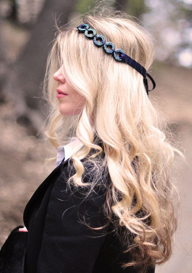 Looping Circles Hair Accessory | DIY Accessories You Can Do In the Comfort of Your Couch This Winter
