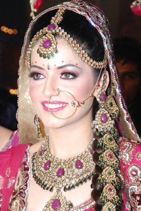 Happiness of the #bride justifies the charm n glow on her face...