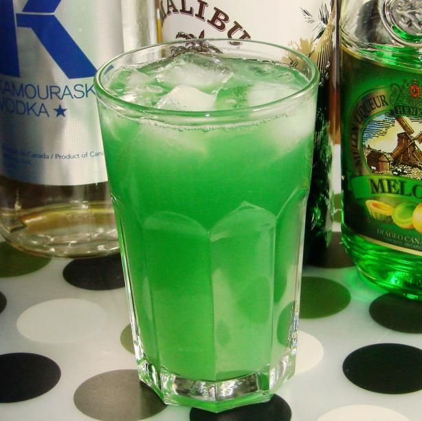 Green Lantern from Food.com: A delicious drink that I came up with a few months ago. I like to put it in a mason jar then mix it by shaking it. *making the lantern look* If you don't have a mason jar, then I suggest mixing it in a martini shaker.