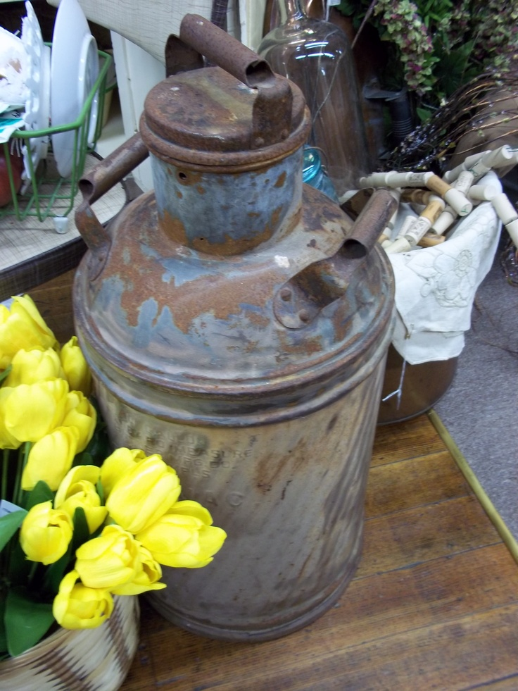 old oil can 24 oil cans pinterest oil and men cave. Black Bedroom Furniture Sets. Home Design Ideas