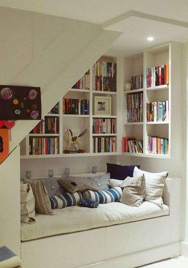 20 невероятных идей, как использовать место под лестницей. Ты и подумать не мог!