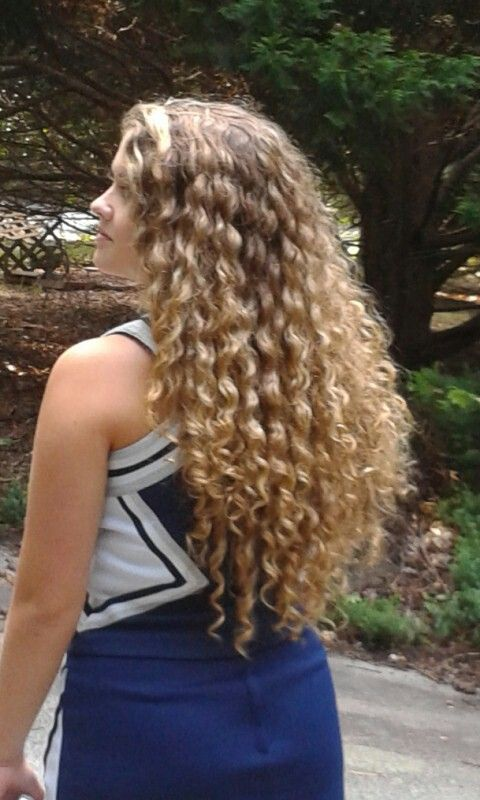 How my hair would be if I didn't chemically straighten it years ago! Never grew back the same!