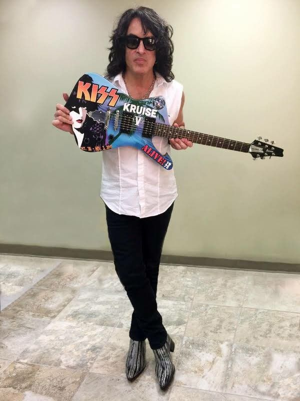 Paul Stanley with his new Kiss Kruise V | Ibanez guitars ...