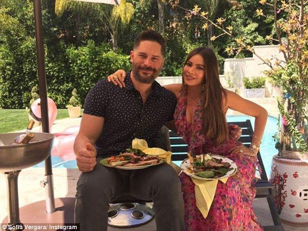 The hostess with the mostess!Sofia Vergarand her husband Joe Manganiello treated fans to a feast of decadent food as they played host over the holiday at their home.