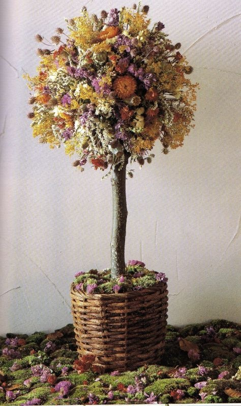 dried flower trees - wanna do with herbs from the garden ...