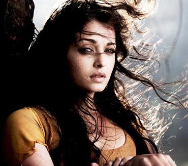Aishwarya Rai Without makeup in Raavan 1