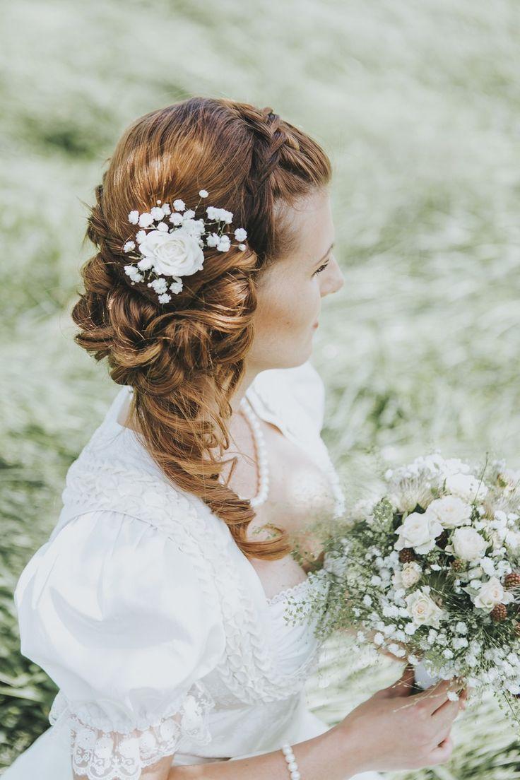Ideen für eine Waldhochzeit mit viel Natur und Grün: Die Brautfrisur