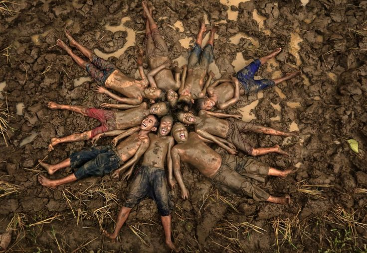 Alamsyah Rauf - Happy in Mud