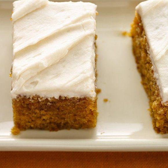 USA! USA! This American inspired recipe uses Betty Crocker Australia & New Zealand Vanilla Cake Mix to create a smashing Pumpkin Spice Slice.