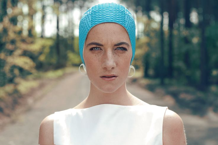 fot H. Karapuda, model M. Prus, make-up and hair E. Bergchauzen, clothes J. Chrabelska, shoes Aga Prus