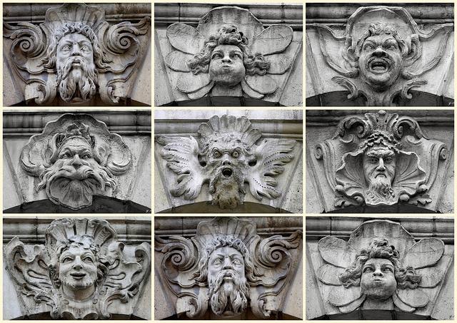 Bordeaux présente plus de 3 000 mascarons qui participent à l'ornementation des façades et des fontaines de la ville. by yfic1942, via Flickr
