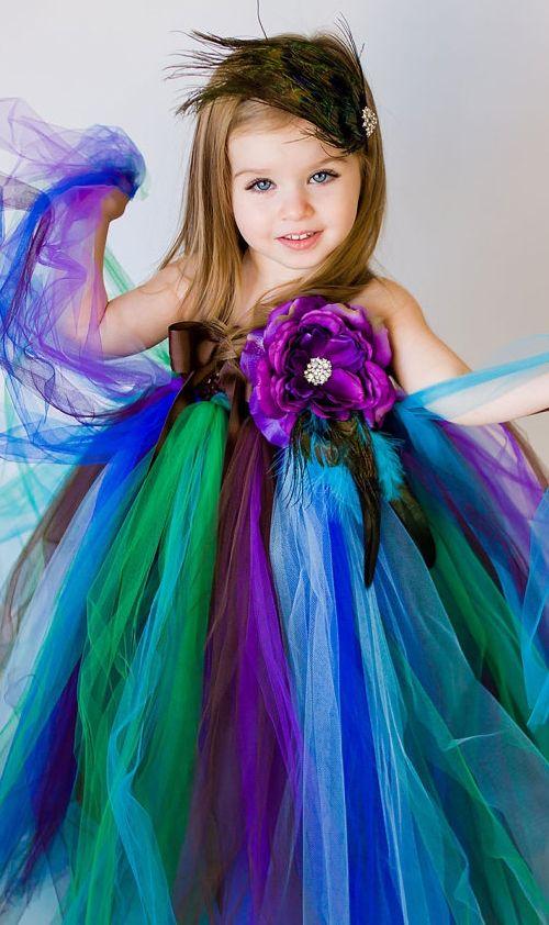 peacock-flower-girl-21.jpg (500×842)
