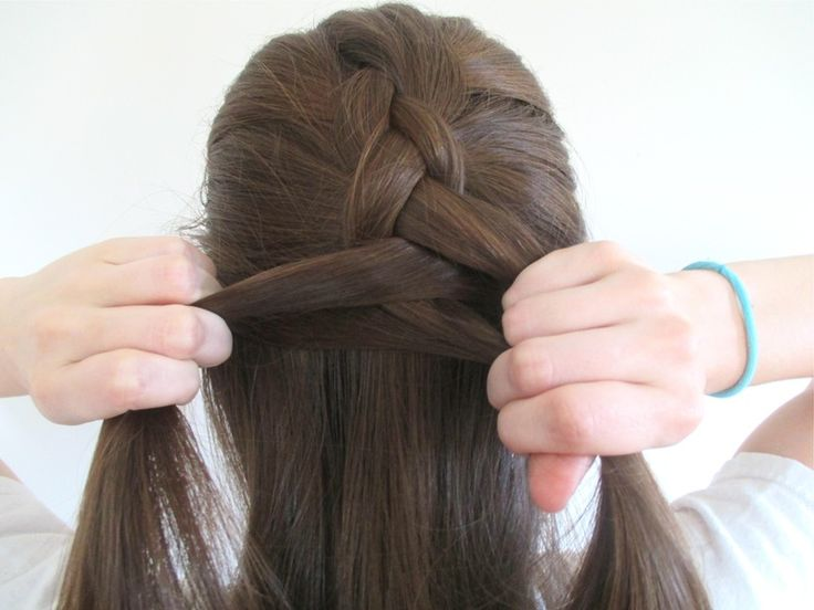 How To Reverse French Braid In 5 Steps, Then Turn It Into A Faux Hawk