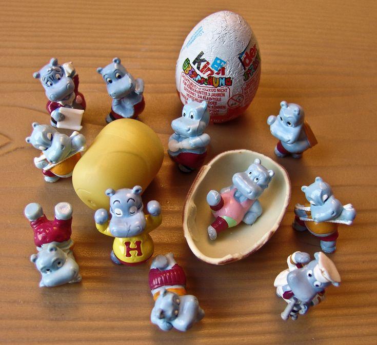 Los huevitos kinder tenían juguetes bonitos...