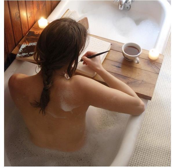 Love thisIdeas, Bath Tubs, Bathtubs, Book, Bathtime, Bubbles Bath, Bathroom, Bubble Baths, Bath Time