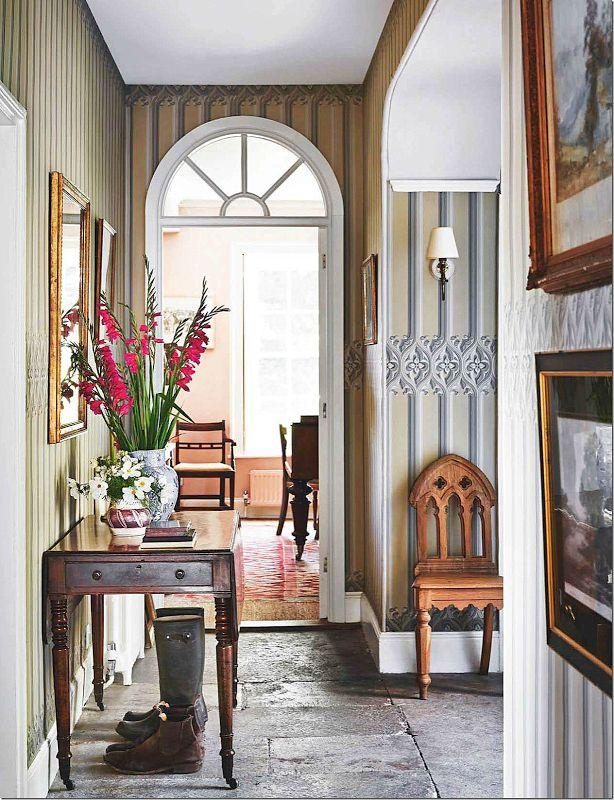 3845 best english irish scottish welsh interiors images on for Country hallway ideas
