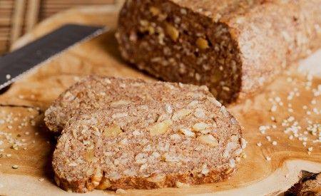 Das darmfreundliche Brot - glutenfrei -> https://www.zentrum-der-gesundheit.de/rezept-darmfreundliches-brot.html #rezept #gesundheit #brot #gluten #vegan