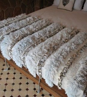 Pretty Obsessed Lately With Moroccan Wedding Blankets Like This One I Think They Are A Wonderful Engagement Gift And Look Beautiful At The Foot Of Bed