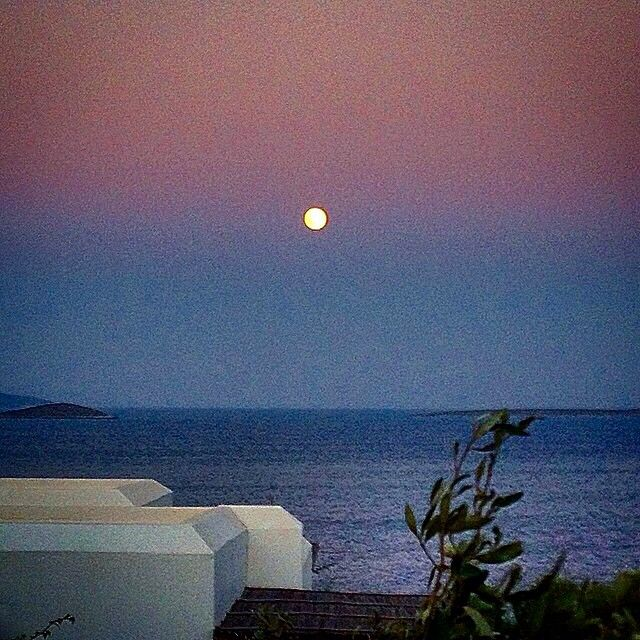 So amazing full moon in Antiparos island (Αντίπαρος)  . Wonderful colors !
