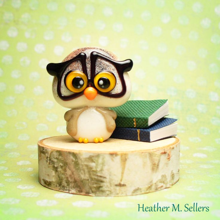 Lampwork glass owl bead with horn-rimmed glasses by Heather Sellers.  #heathersellers #lampwork #owl