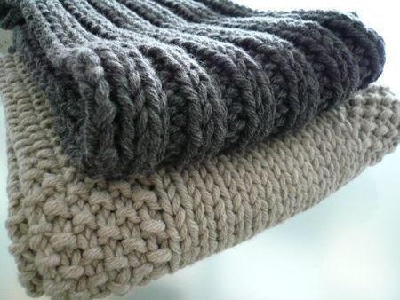 La Mercerie du Faubourg aime ces tutos d'écharpes plutôt pour hommes... à tricoter en aiguilles 8.  La laine Urban Glam Graffiti de DMC sera parfaite.