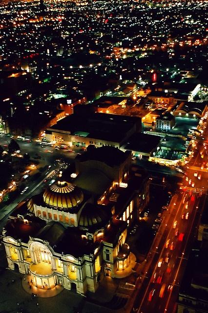 bella artes de nuit, mexico