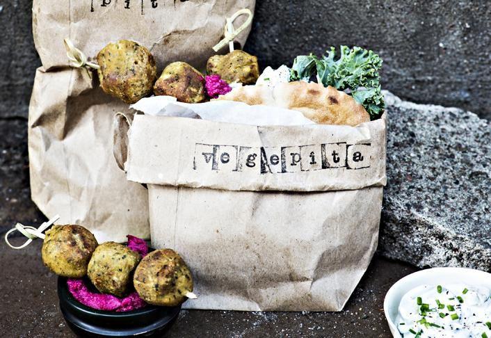 Falafelpita ja punajuurihummus | Koti ja keittiö