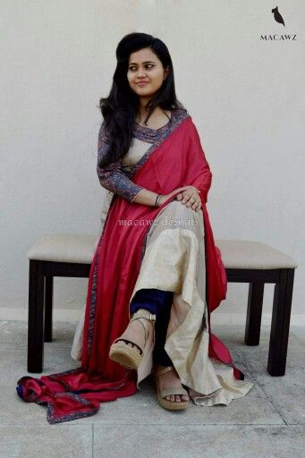 #anarkali #onion #beige #print #rawsilk #baghalpuri #macawz #gorgeous #flowy
