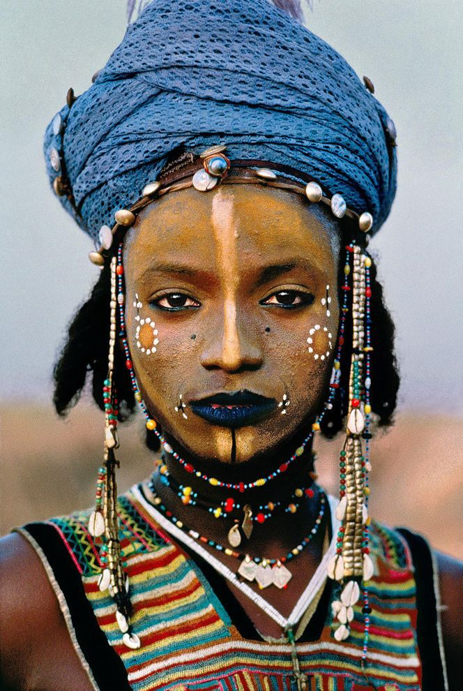 фотографии Стива Мак Карри. Юноша племени Водаабе, Нигер