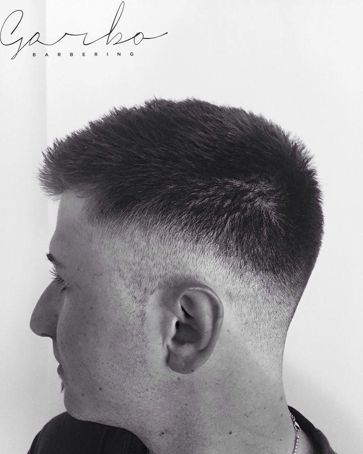 LUPOOO  ragazzi uno scatto dopo un paio di giorni di impossibilità di avere un secondo libero per publicare ! Hahahahah --- #garbobarbering #uomo #taglio #capelli #sfumatureneicapelli #nuovotaglio #nuovo #moda #tendenza #barberia #instahair #gropellocairoli #garlasco #vigevano #pavia #milano