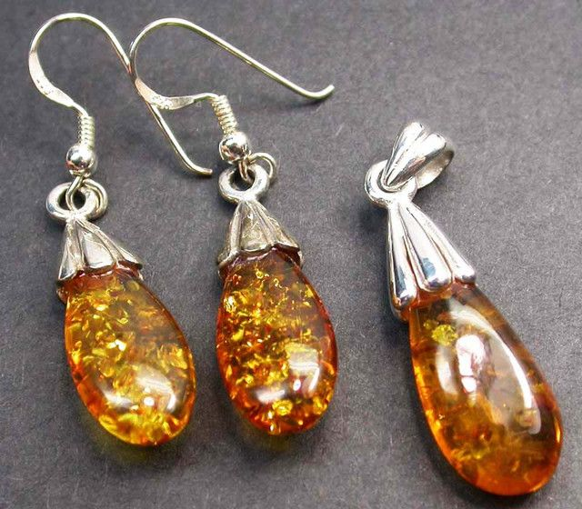 BALTIC AMBER EARRINGS AND PENDANT SILVER 31.40 CTS [SJ1427]