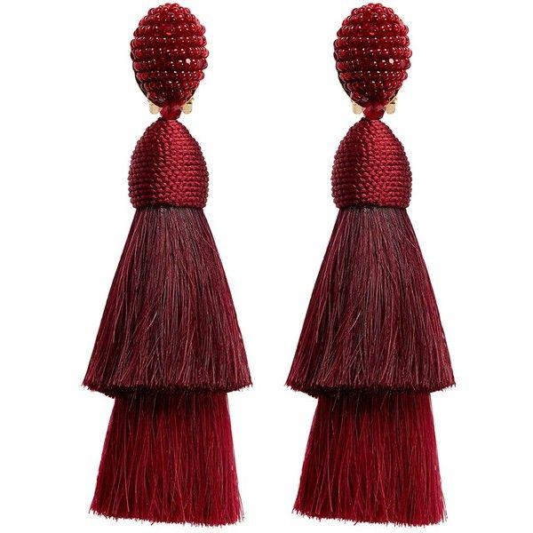 Oscar De La Renta Beaded horse hair tassel clip earrings ($1,472) ❤ liked on Polyvore featuring jewelry, earrings, accessories, red, clip on tassel earrings, cluster earrings, tassle earrings, tassel earrings and beading earrings