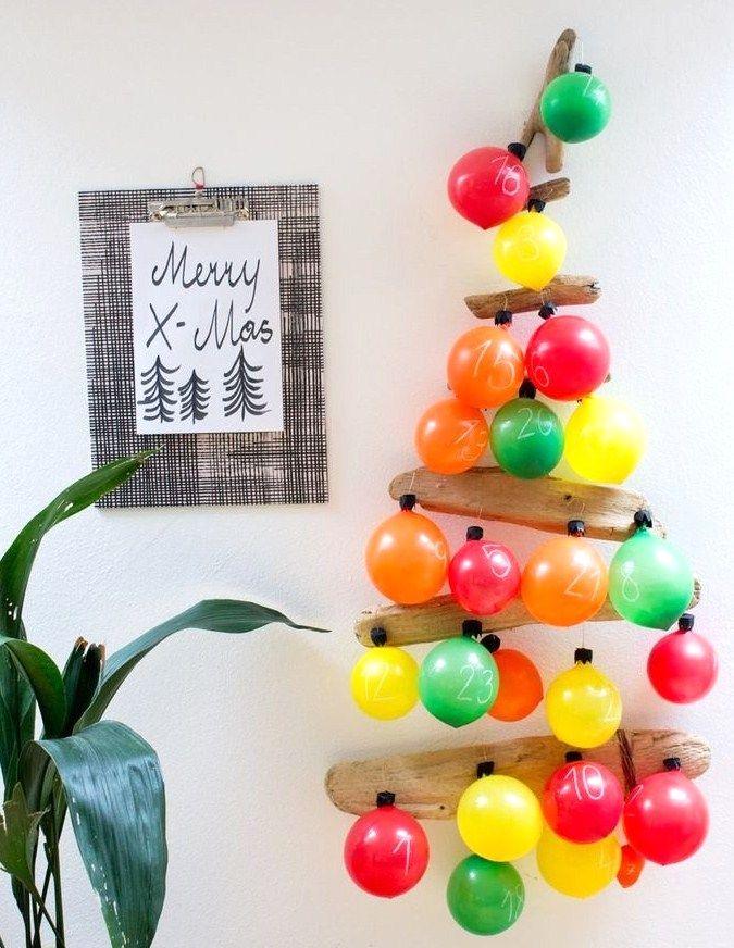 calendrier de l'Avent  avec des petits ballons de baudruche