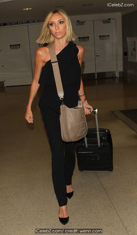 Giuliana Rancic arrives at Los Angeles International Airport (LAX) http://icelebz.com/events/giuliana_rancic_arrives_at_los_angeles_international_airport_lax_/photo1.html