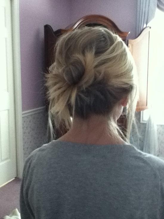 Super Cute Messy Bun For Short Hair Hair Pinterest