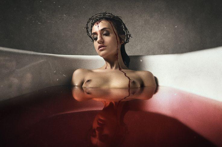 Peter Zelei - blood bath a