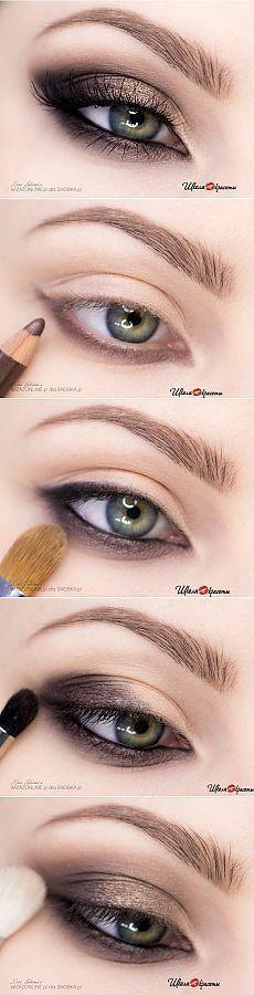 Maquillage noir et brun
