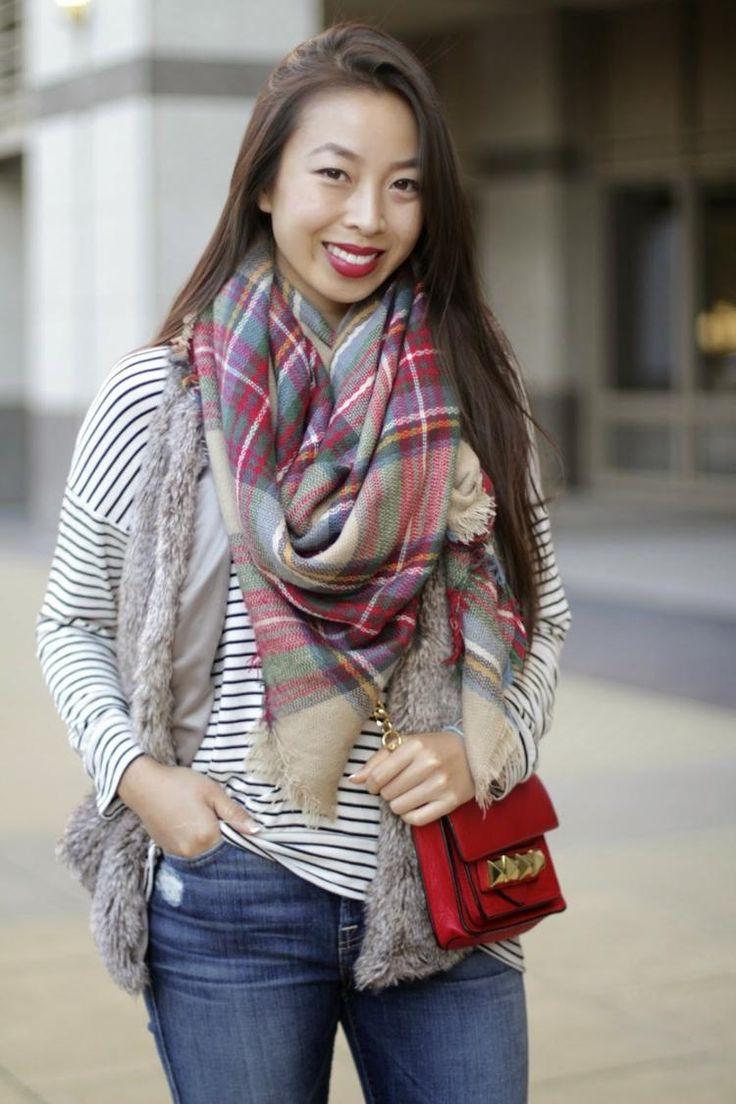 Karierter Schal für den Herbst in Pastelltönen