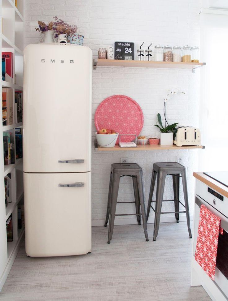 Ya está disponible la Colección BRAKIG de IKEA, una de sus ediciones limitadas formada por 20 piezas que nos ha encantado. ¡ No te la pierdas!