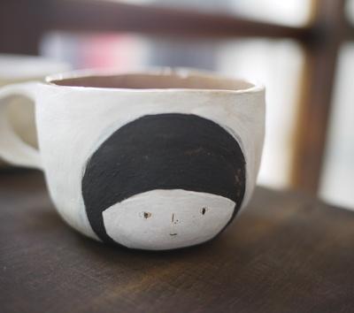下班後的畫畫課 zakka , japanese contemporary style ceramic art....look good as a bowl with gold inside