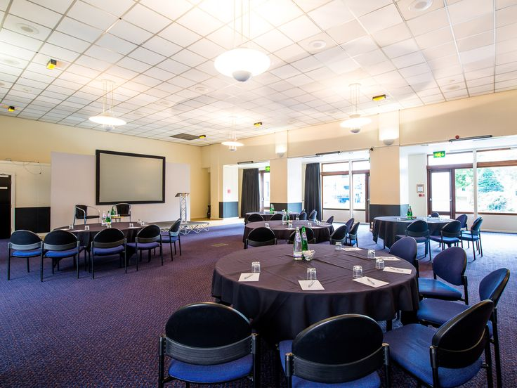 Perfect conference rooms available for any size of conference, event or meetings #MConfC